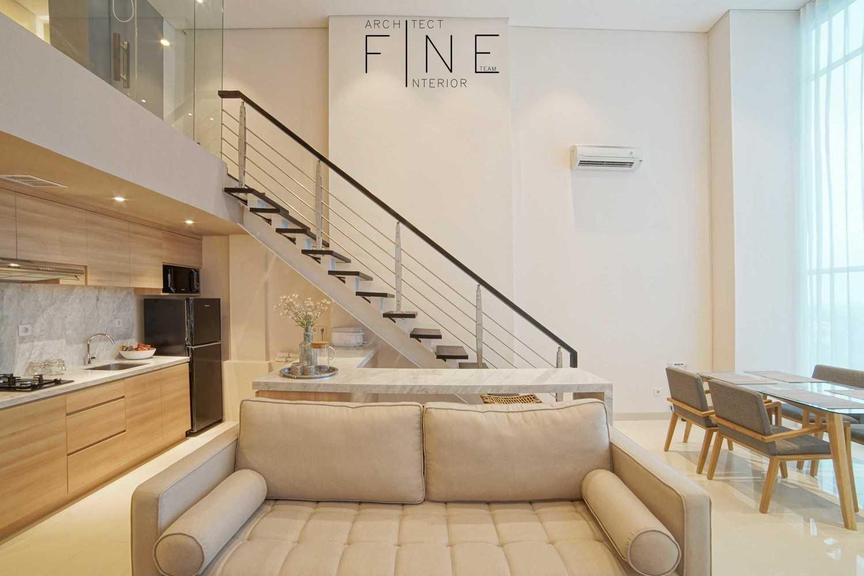 Foto inspirasi ide desain ruang keluarga minimalis 04apartmentbrooklyn06 oleh Fine Team Studio di Arsitag