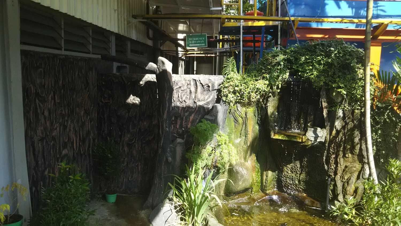 Foto inspirasi ide desain taman industrial Mini garden oleh DAVAY DASVIDANIYA (PT Davay Sejahtera Indonesia) di Arsitag