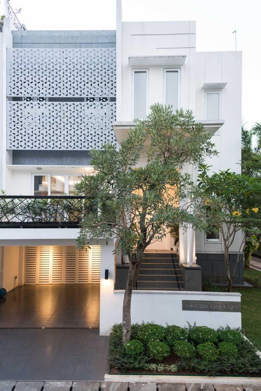 Living  Space Indonesia di Jakarta Barat