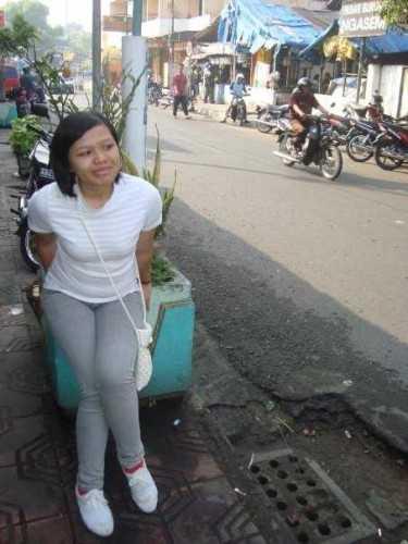 Laura Simatupang